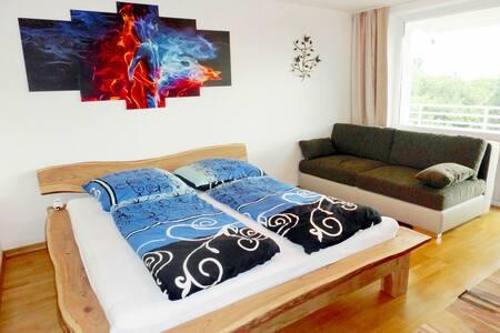 **** LUXUS **** 83 m² Arabellapark MUC Munich ICM - Munich - Appartement