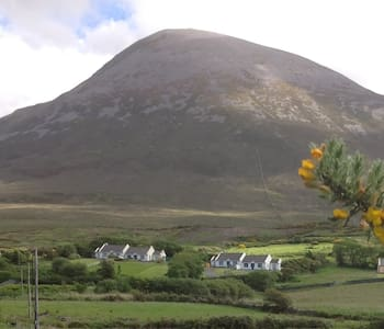 House with great views of Clew Bay - House