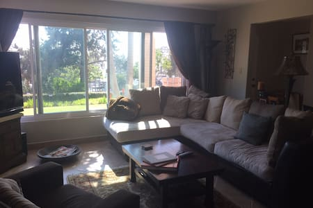 LARGE DEL MAR OCEAN VIEW CHARMING HOME - Hus