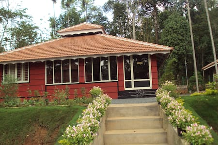 Rohini Vacation Home - Hus