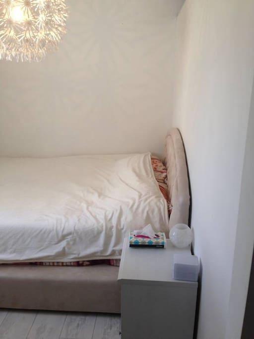 Double beDouble sofa bedd