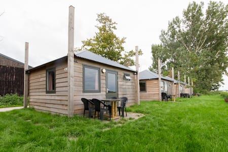 Luxe kamperen bij de boerderij - Schellinkhout - Lejlighed