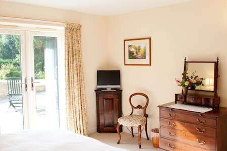 Highfield is modern and comfortable - Crockerton - Bed & Breakfast