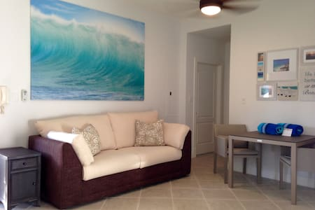 Grace Bay 1 BR Condo - Beach Access (gga) - Apartament