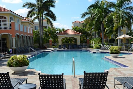 All The Comforts Of Home - Palm Beach Gardens - Appartement en résidence