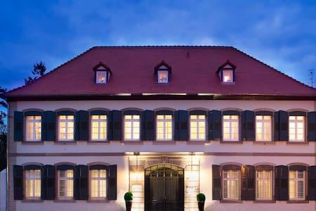 Appartement dans villa de charme 1 - Wohnung