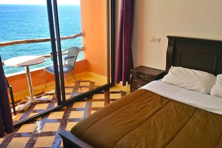 Bouad Seafront Double Bed Ensuite - Apartment