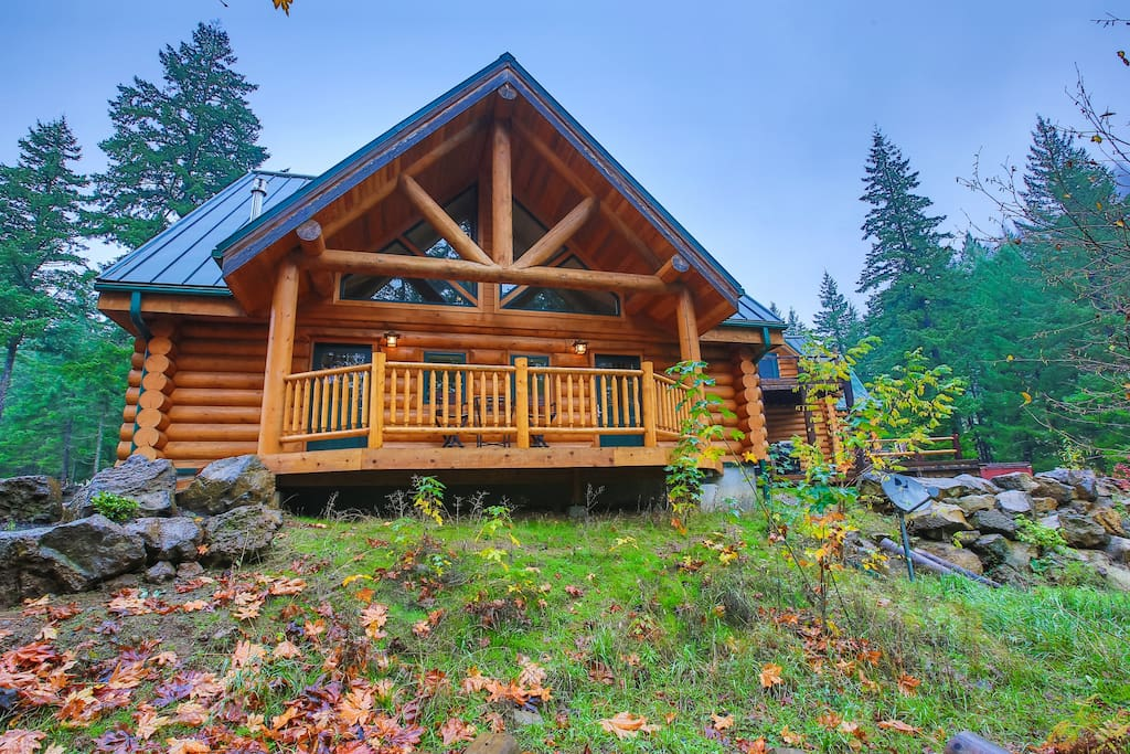 10 dreamy log cabins and cottages on airbnb