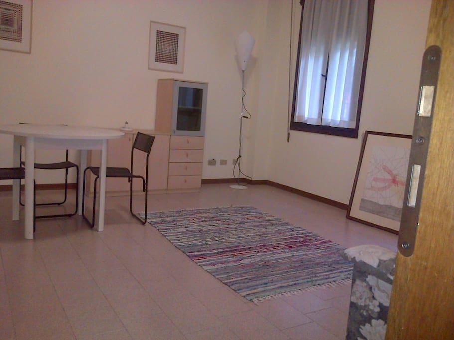 Appartamento bivano centrale appartamenti in affitto a for Appartamenti in affitto a pordenone arredati
