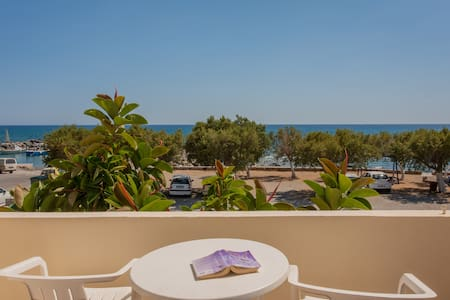 Beach & Mountain, Room w/ a view-2 to 4 PER - Frangokastello - Other