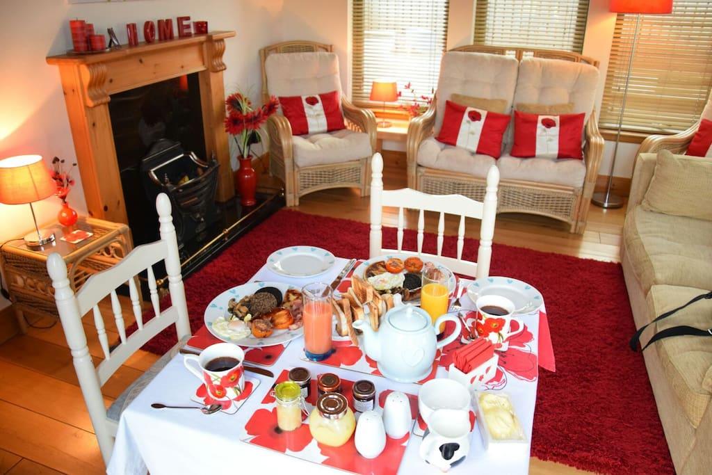 Breakfast/sitting room to enjoy your full Scottish breakfast
