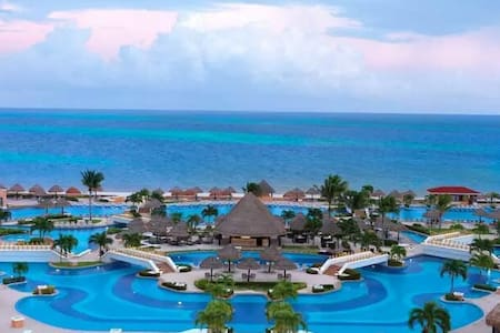 Cancun Moon Palace Unlimited Golf !