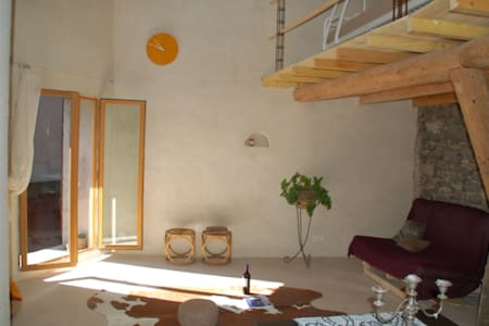 Attractively furnished cosy loft. - Caux - Loft