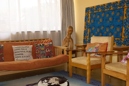 Artsy Apartment 10 min Walk to City - Nairobi - Wohnung
