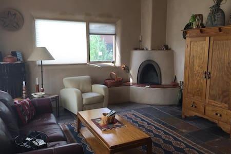 La Vida Feliz Condominium - Taos - Appartement
