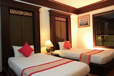 甲米提帕酒店 Krabi Tipa Resort (豪华房) - Aamiaismajoitus