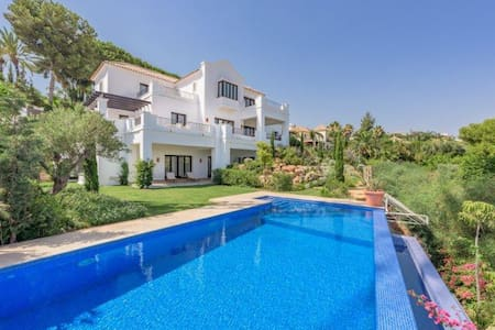 Brand new Luxury Villa w/ Sea Views - Benahavís - Villa