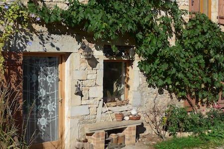 Grande maison en pierre - Casa