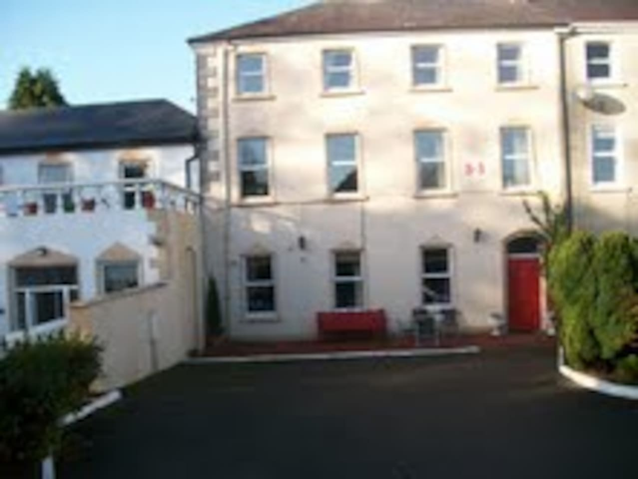 Margaret's B&B which has rooms & an apartment with secure, private parking in front of the B&B.