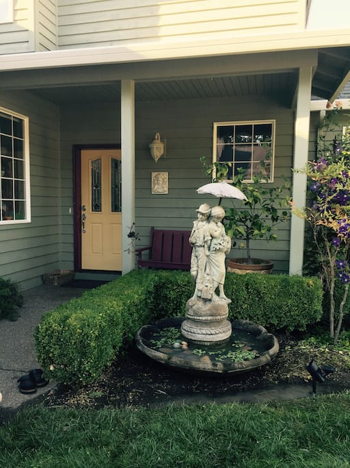Comfortable Rooms In Wine Country