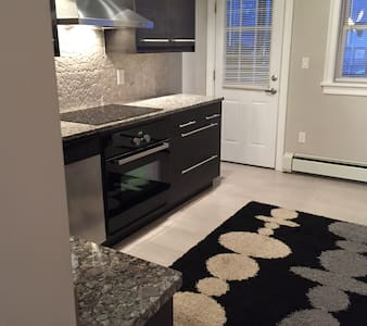 Brand New, Clean and Quiet Condo!