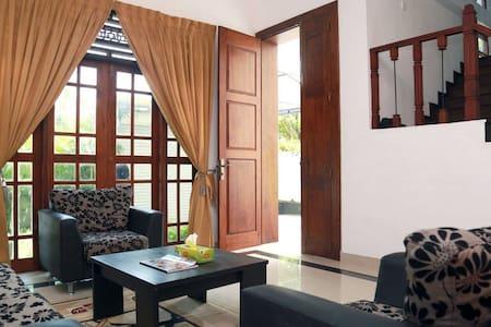 Colombo Hotel Style House - House
