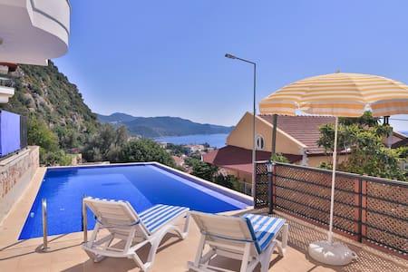 Kas Town apartment with pool - Kaş