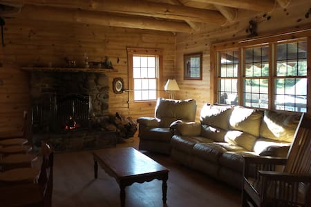 Traditional Log Cabin - Chalet