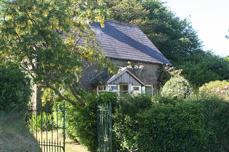 Quiet, tranquil country cottage - Avoca