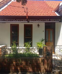 Spacious Home in Redfern/Surry Hills - Redfern - Haus