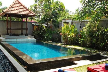 Strawberry Villa Sanur - South Denpasar - Villa