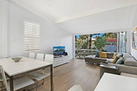 Bondi Beach Fully Modernized Semi