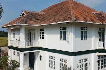 BALI COLONIAL STYLE PRIVATE HOUSE