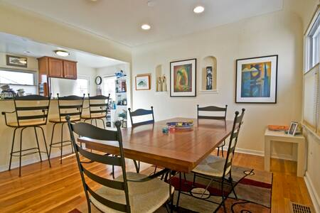 Comfortable  - and a great value! - Denver - House