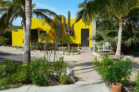 Beachfront LaVentana-El Teso AC yel