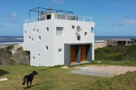 Punta del Diablo-Acacias-frente mar
