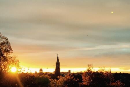 UNESCO Sky View Apartment - Berne - Leilighet