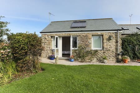 Gwestva, a Cornish holiday cottage - Cabin