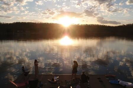 The Lake House - Lake Bennett - Rumah