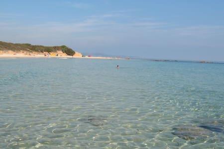 Villa near the sea and the services - Sant'Elmo - Villa