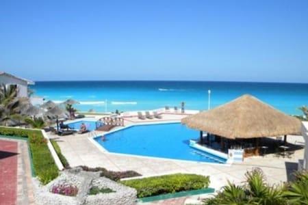 "1 Br Beachfront ""Las Brisas"""