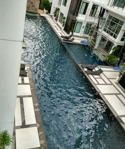 Great 3 bed/ 2 bath furnished Condo - Kammala