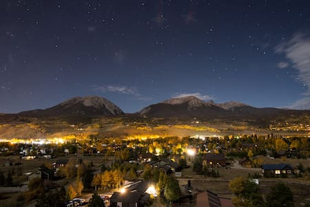 Panoramic Post: Views & Location! - Silverthorne - House