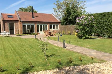 beautiful cottage nr Melton Mowbray - Langar
