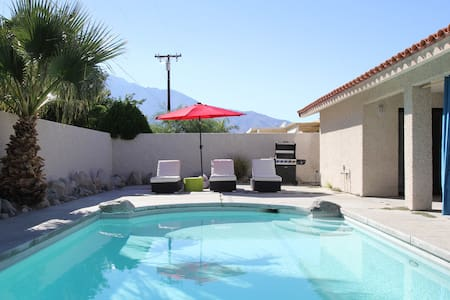 SPACIOUS HOME W/ PRIVATE POOL - Cathedral City - House