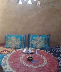 Billion Stars Kasbah Berber Tours - Mhamid - Bed & Breakfast