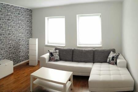 EXKLUSIVES ZWEIRAUM APARTMENT - Apartment