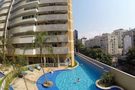 UNIQUE EXPERIENCE - 4 rooms - 10p - Apartment
