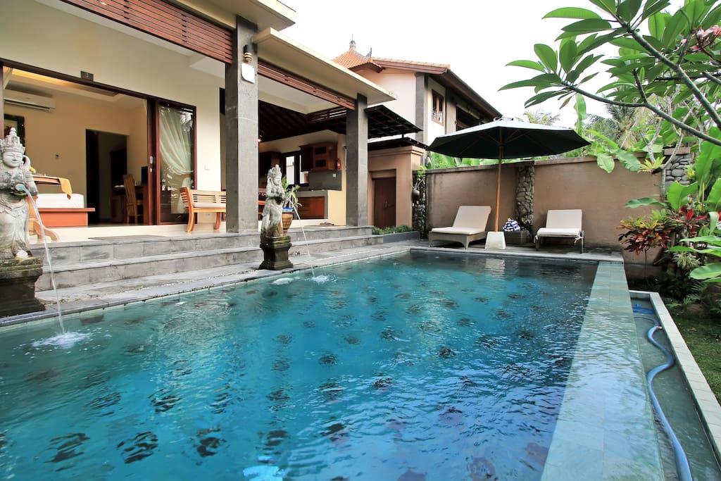 Villa Cilinaya,2BR,Kitc&Priv. Pool-