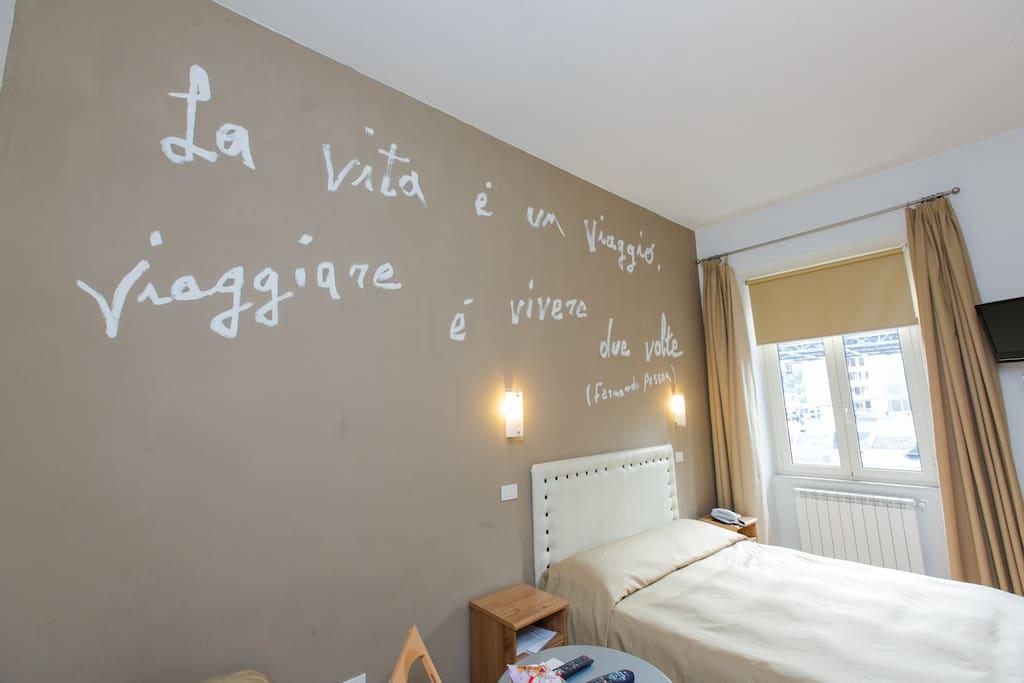 F.Pessoa Triple Room